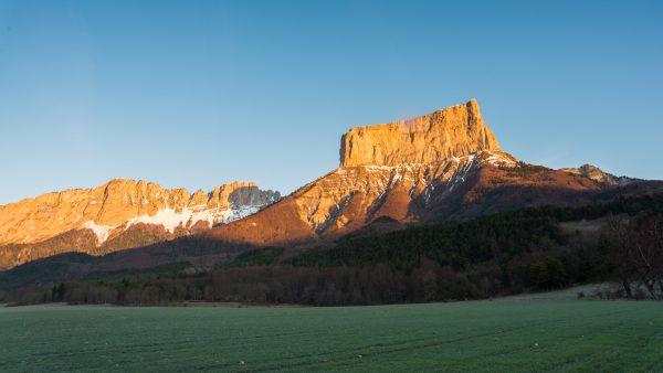 Lever de soleil sur le Mont Aiguille