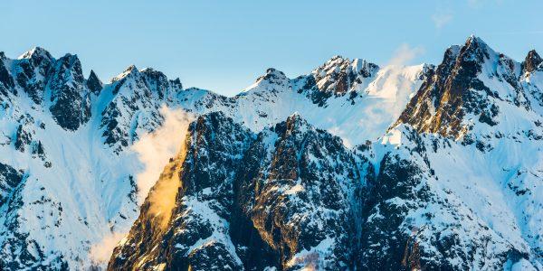 Coucher de soleil hivernal sur les arêtes de la chaine de Belledonne