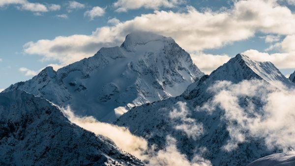 La Roche de la Muzelle dans le massif des Ecrins.