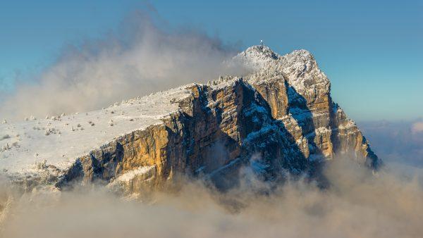 Neige fraiche sur le sommet du Moucherotte dans le Vercors