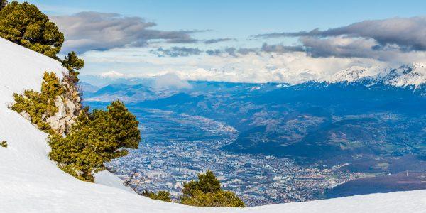 Panorama sur Grenoble au coeur de l'hiver