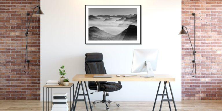 cadre photo en alu dans un bureau professionnel