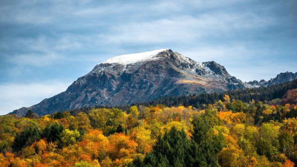 Couleurs d'automne et premières neiges sur le Grand Colon